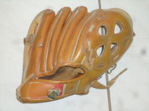 Baseball Bat , gloves _Mississauga Hwy401/ HUrontario st.