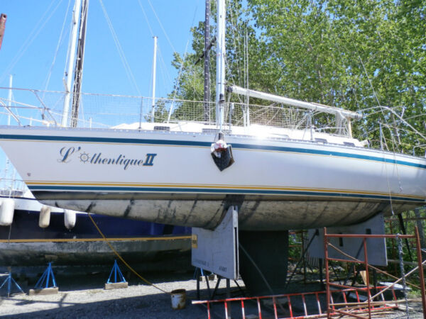 Used 1991 Other CS 34 (Canadian Sailcraft)