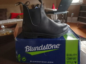 Men's Blundstone Boots Size 8.5