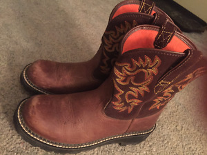 Womens Ariat Boots size 9b