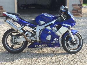 Yamaha R6 RUNS MINT!!!!