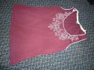 Ladies Size XL Burgundy Tank Top MEXX Brand Kingston Kingston Area image 1