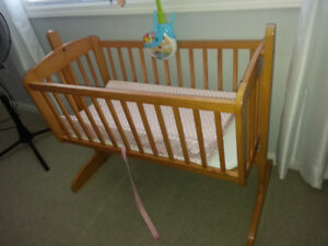 Baby cradle/crib and mobile