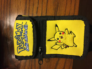 Pokemon Case *Rare, Unseen Item.