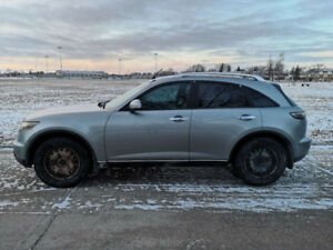 2005 Infiniti FX45 with Technology Package(new safety)