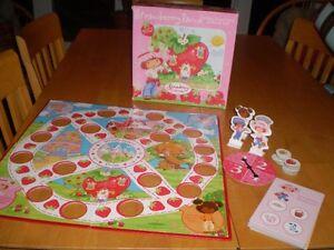 STRAWBERRY SHORTCAKE STRAWBERRYLAND GAME