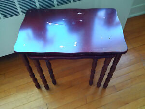 Small set of 3 nesting occassional tables