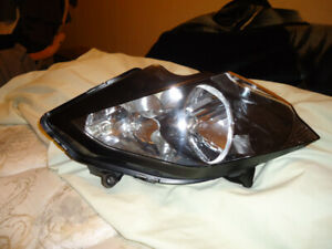 Honda VFR 800 Interceptor Headlight Assembly