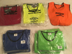 Brand new sealed umbro soccer pinnies / bibs ! Scrimmage vests