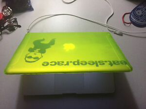 Mint MacBook Pro 13.3' for Sale