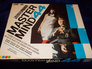 Vintage MASTERMIND 44 - Game of Logic by Invicta 1977