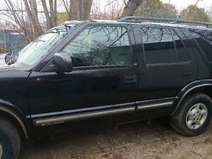 1999 Chevrolet Blazer 4.3L 4X4 SUV Peterborough Peterborough Area image 3