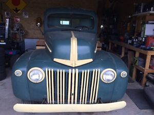 1947 ford 1.5 ton truck