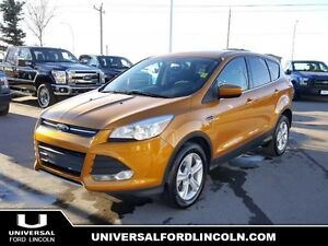2016 Ford Escape SE 4WD w/ SYNC Bluetooth, Factory Warranty, CLE