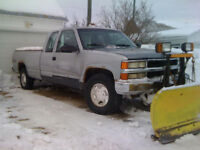 1994 Chevrolet K1500 Truck with snow plow