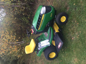 """Lawn Tractor """"Never Used"""""""