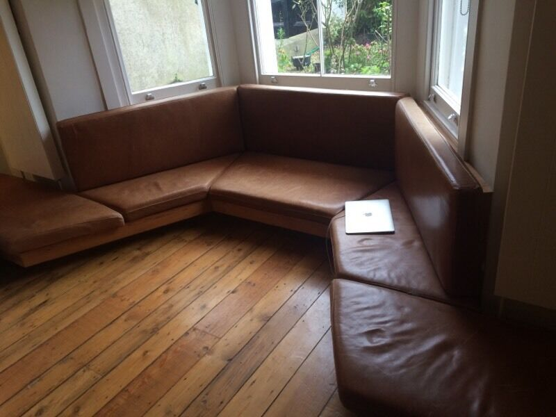 fitted sofa for bay window in richmond london gumtree On sofa to fit bay window
