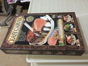 Easy Carver: The Easy Grip Carving Tray (new in box) Cambridge Kitchener Area image 3