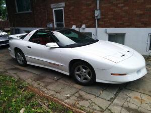 1995 Pontiac Firebird Trans am Coupé (2 portes)