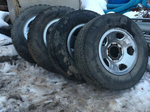 4 rims and Tires off 08 Superduty 4x4