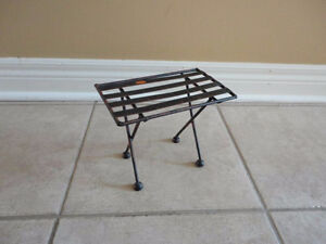Decorative black metal bench and table display accent NEW London Ontario image 5