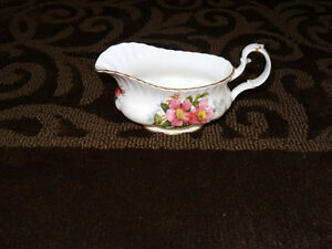 Prairie Rose China - assorted pieces Strathcona County Edmonton Area image 7
