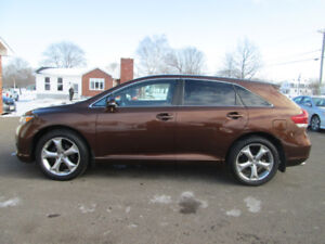 2015 TOYOTA VENZA XLE AWD / NAV / LOW LOW KM TRADE WELCOME