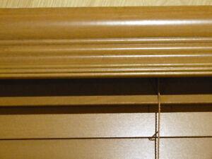 Lot de stores en bois de qualité lot of quality wood blind