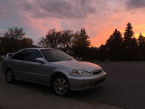 (SOLD) 2000 Honda Civic SiR Coupe (2 door)
