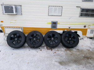 Midnight edition rims and tires for 2015+ chevy colorado.