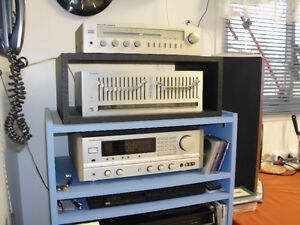 MARANTZ RECEIVER WITH TOWER SPEAKERS