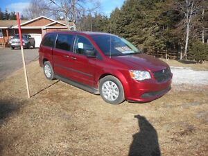2014 Dodge Grand Caravan SE Minivan, Van - LOW kilometers -32000