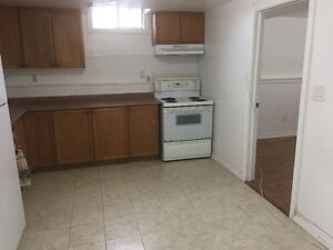 BRIGHT AND SPACIOUS 1 BEDROOM APARTMENT FOR RENT - $800.00 / mon