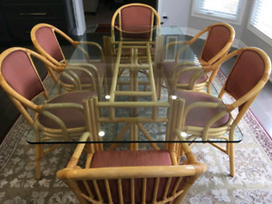 Ratan & Glass Dinning Table w/ 6 Chairs - Good Condition
