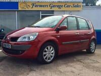 Renault Scenic 1.5dCi ( 86bhp ) Dynamique In Red