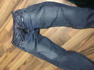2 pairs of American eagle jeans size 16