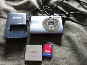 Canon Powershot Digital Elph SD 1100 IS blue
