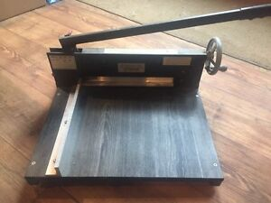Heavy duty paper cutter  Peterborough Peterborough Area image 1