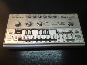 Roland TB 303 analog synth synthesizer synthetiseur rare acid