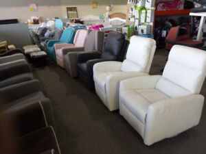 Glider / Recliner / nursing chair