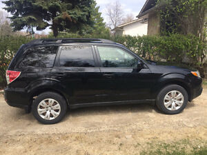 2012 Subaru Forester 2.5X SUV - Great Condition (Safetied)