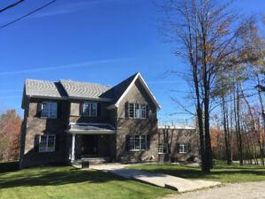 Maison à vendre à 5 minutes du CHUS Sherbrooke