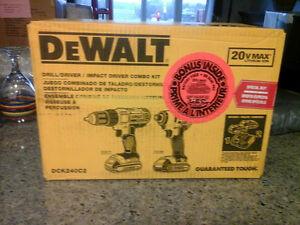 Brand New in Sealed Box Dewalt Combo Kit