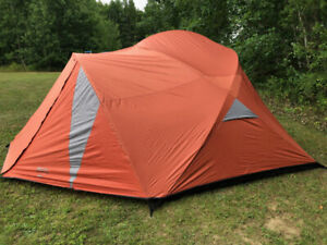Roots Oxtongue 6 Person Tent (like New)