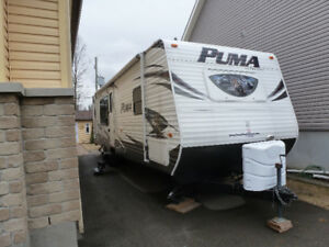 ROULOTTE FOREST RIVER PUMA 30RKSS 2014