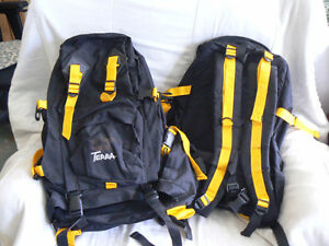 Large Camping Back-Pack/ Sac a Dos