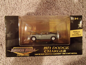 1:64 SCALE DIE-CAST AMERICAN MUSCLE 1971 DODGE CHARGER A-4 Gray