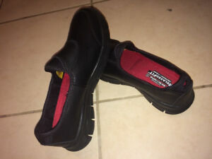 !! BRAND NEW SAFETY SHOES, PERFECT CONDITION !!