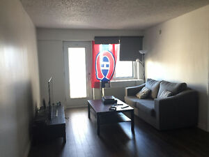 All-included 14th floor 1 bedroom apartment in Downtown Montreal