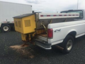 2 yd Salt/Sander Spreader